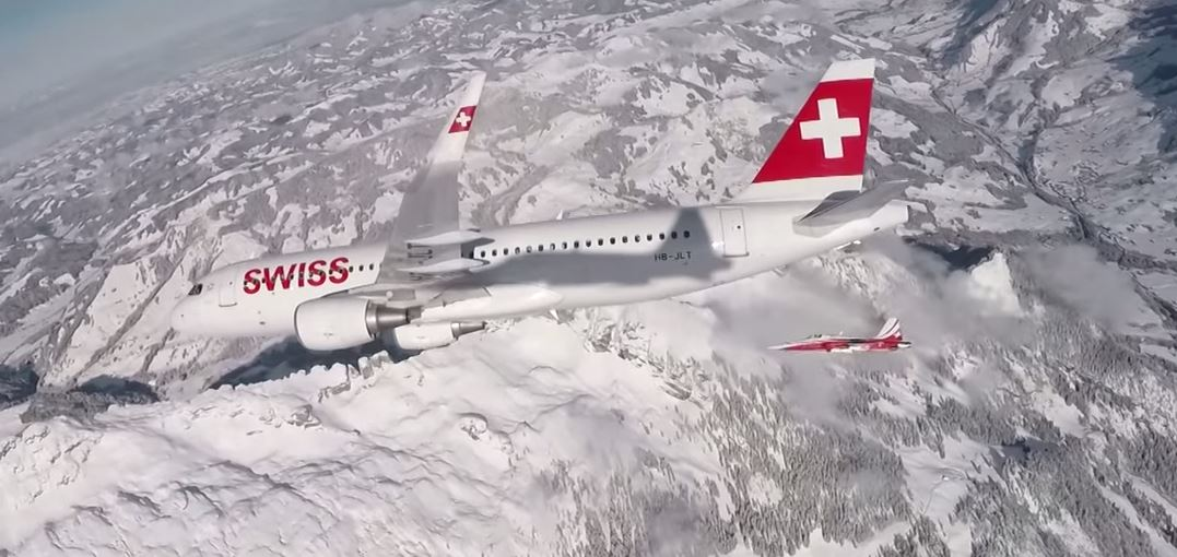 Swiss Formation Flight_1