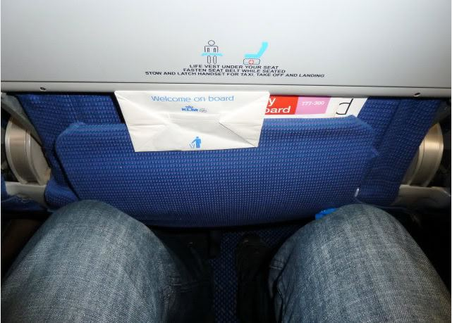 KLM Seat Pitch